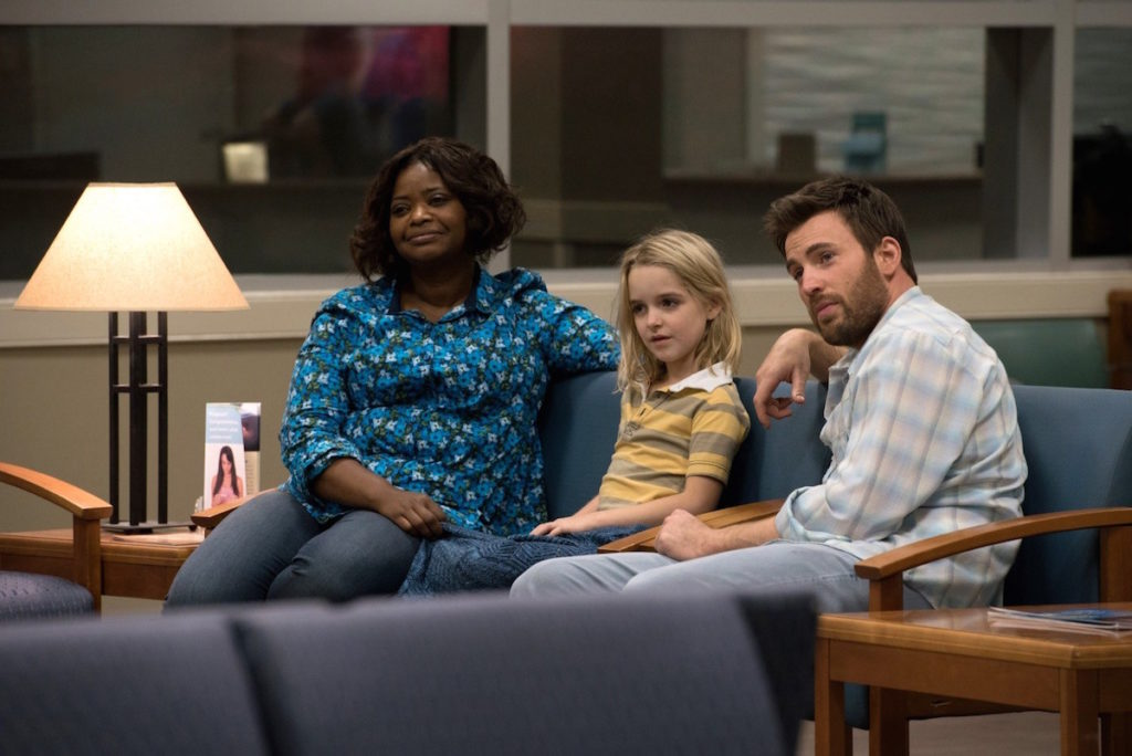 Obdarowani - scena - Octavia Spencer - Chris Evans