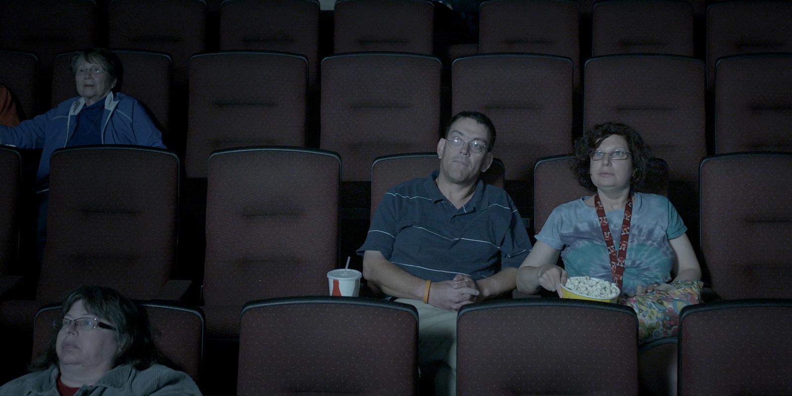 """Zwyczajni ludzie – recenzja filmu """"Dina"""""""