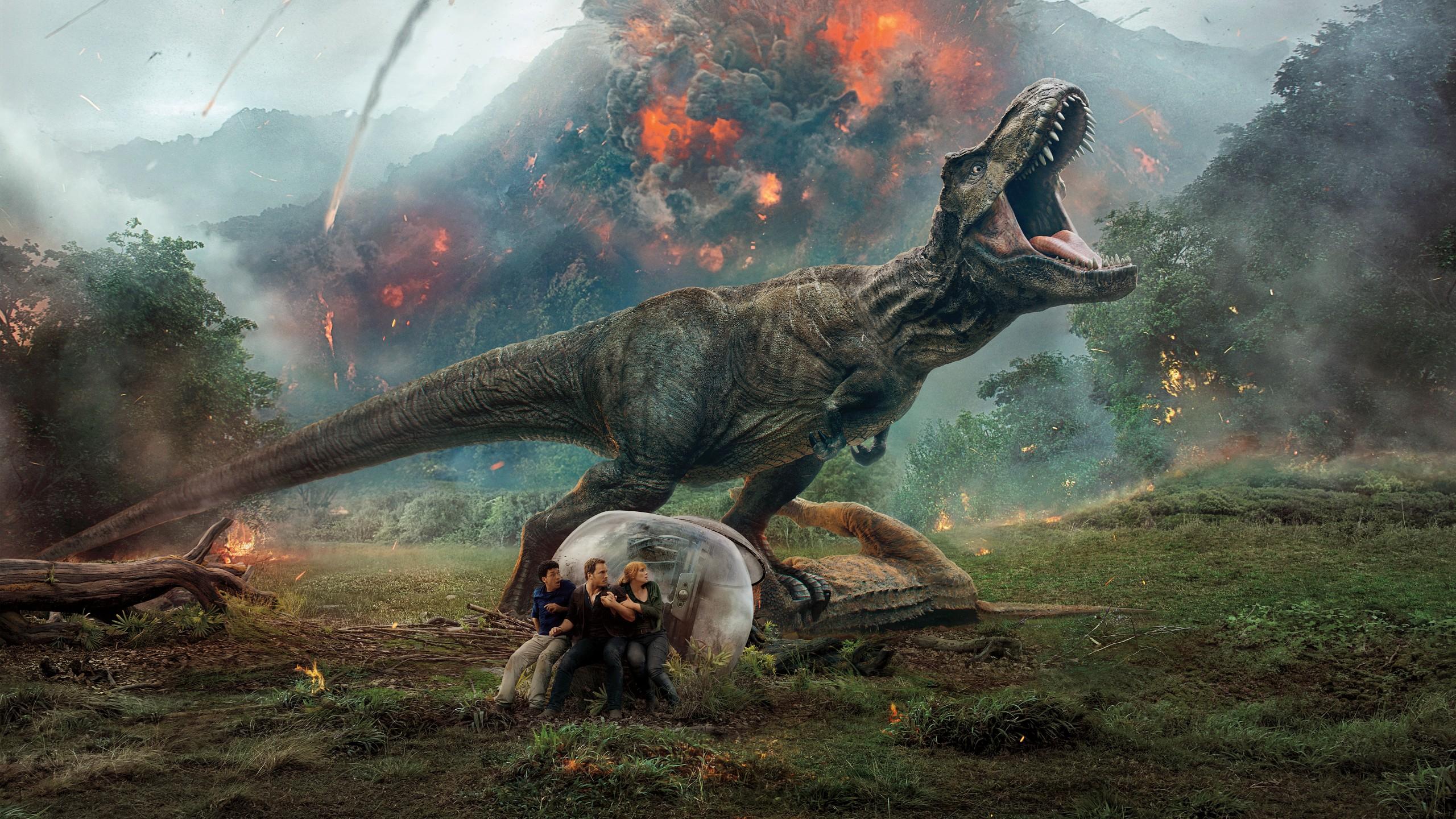 """Zagraj to jeszcze raz, T-Rex – recenzja filmu """"Jurassic World: Upadłe królestwo"""""""