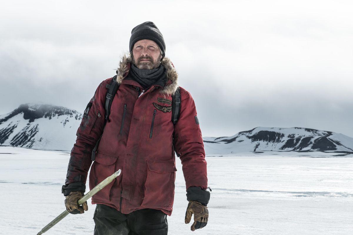 """Into the White – recenzja filmu """"Arktyka"""" – Nowe Horyzonty 2018"""