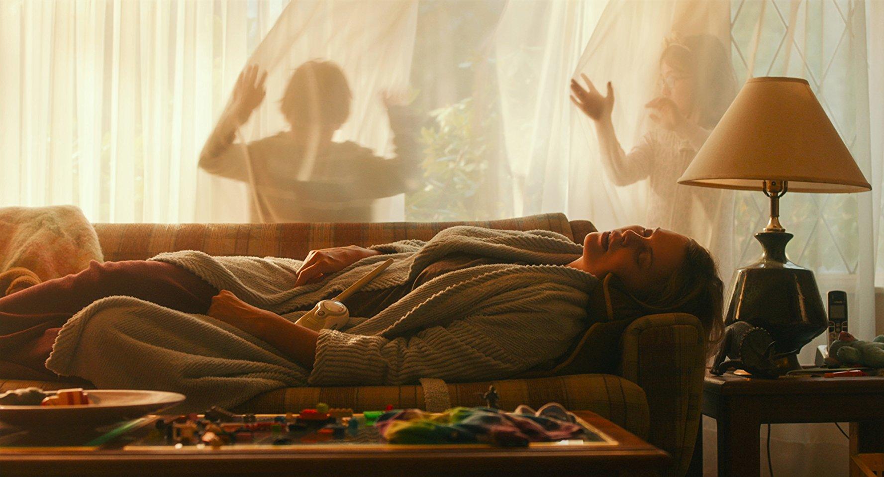 """Ciemna strona macierzyństwa – recenzja filmu """"Tully"""""""