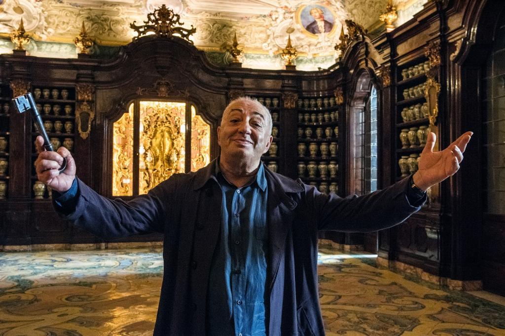 """50 twarzy zbrodni – recenzja filmu """"Neapol spowity tajemnicą"""""""