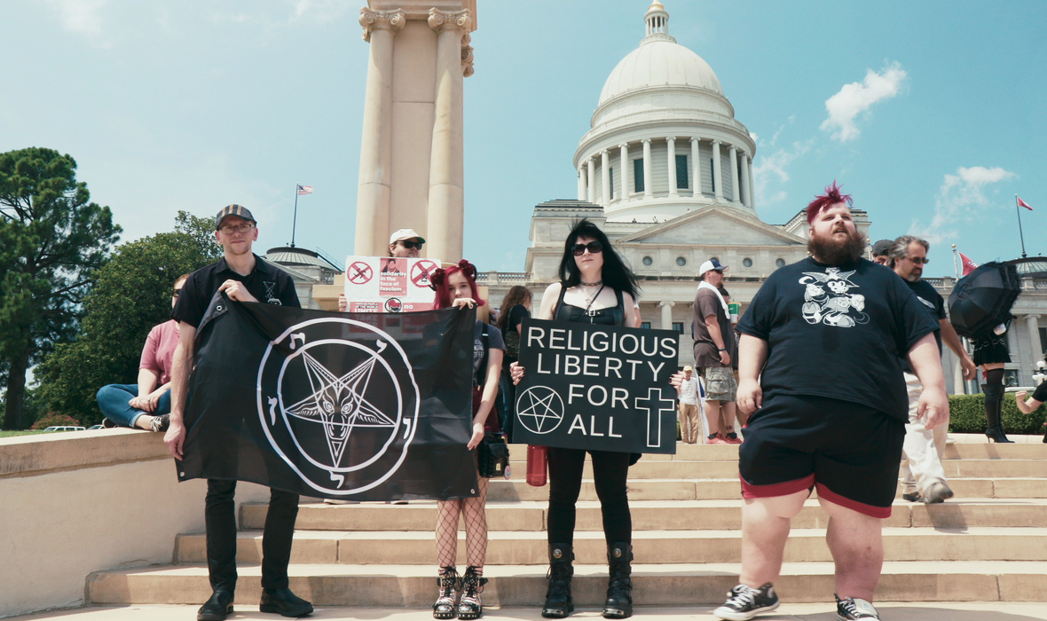 """(Nie)święty gniew? – recenzja filmu """"Ave Satan?"""""""