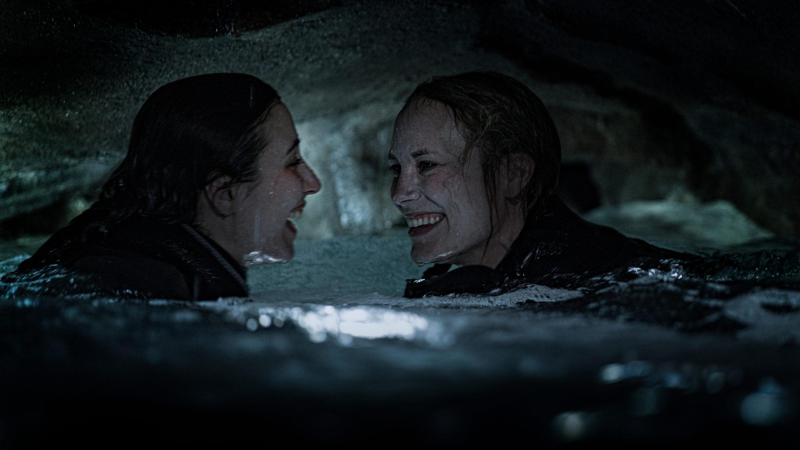 """Uciec – recenzja filmu """"Pod powierzchnią"""""""