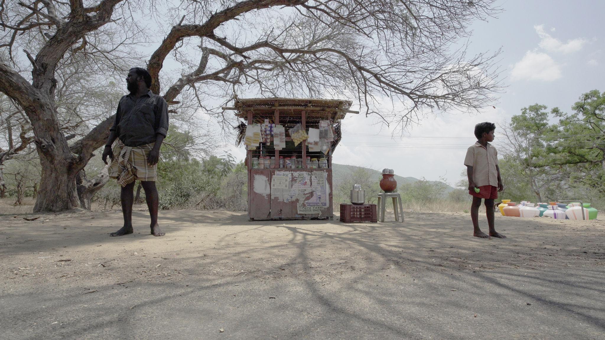 "Indusi szli – recenzja filmu ""Kamyki"" – Rotterdam 2021"